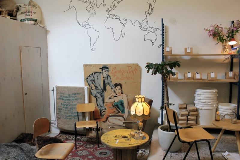 White_label_coffee_interior