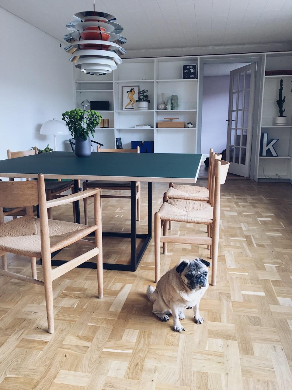 Dansk_made_for_rooms_spisebord