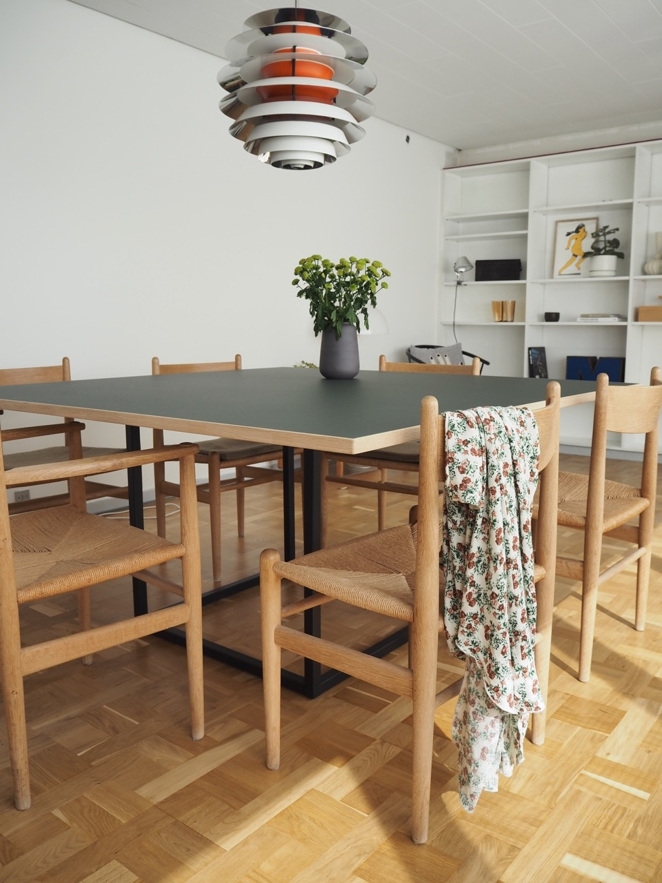 Dansk_w_dining_table